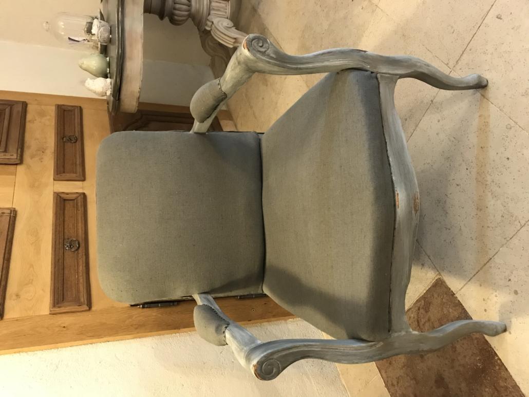 Relooker Un Fauteuil Voltaire diy : relooker un fauteuil voltaire, vous pouvez le faire